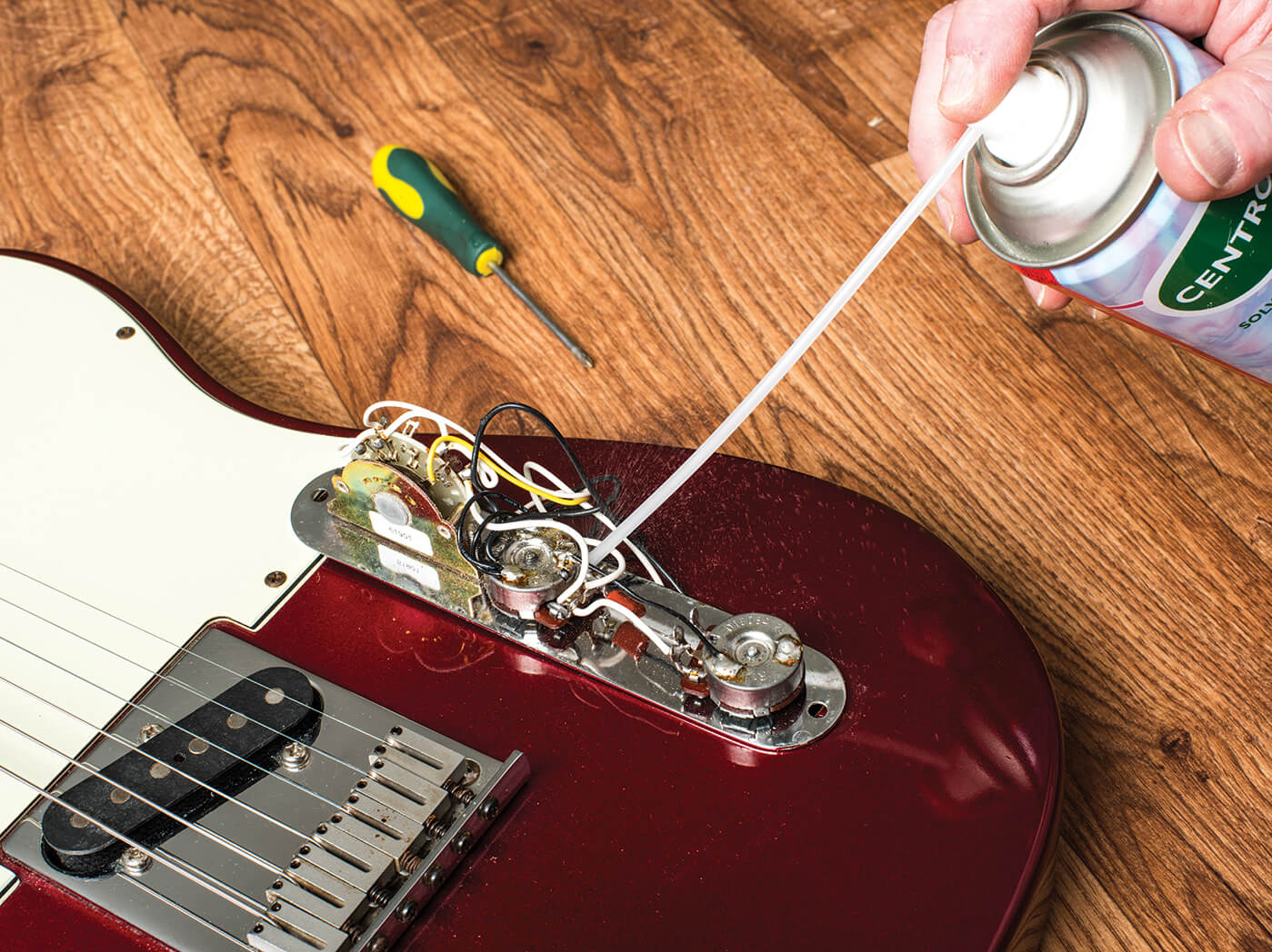 DIY Potentiometer contact cleaner