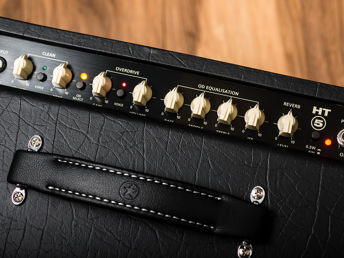 blackstar ht-5 control panel