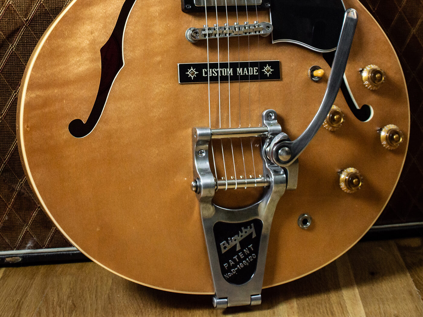 gibson es-335 bigsby