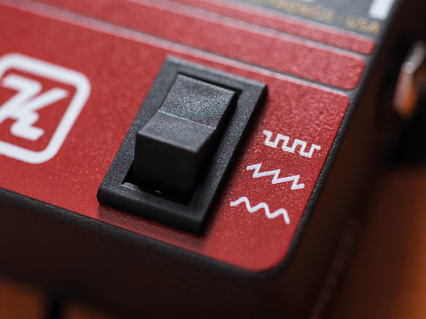 Review Keeley Synth-1 waveform switch