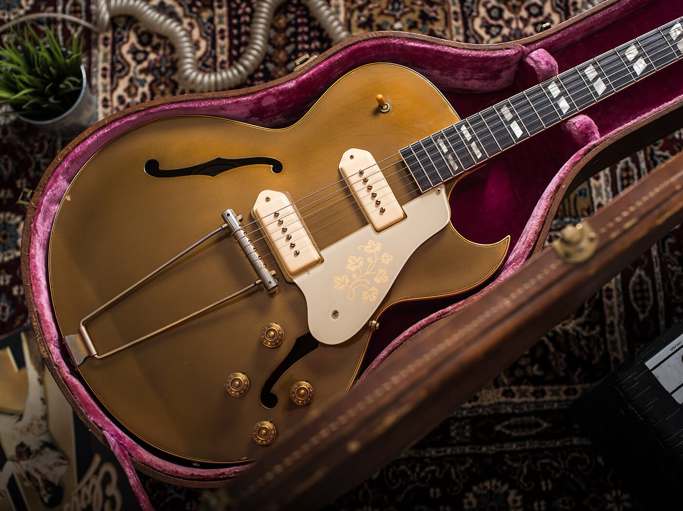 Gibson's ES-295 kickstarted rock 'n' roll, and this 1953 specimen is a heartbreaker