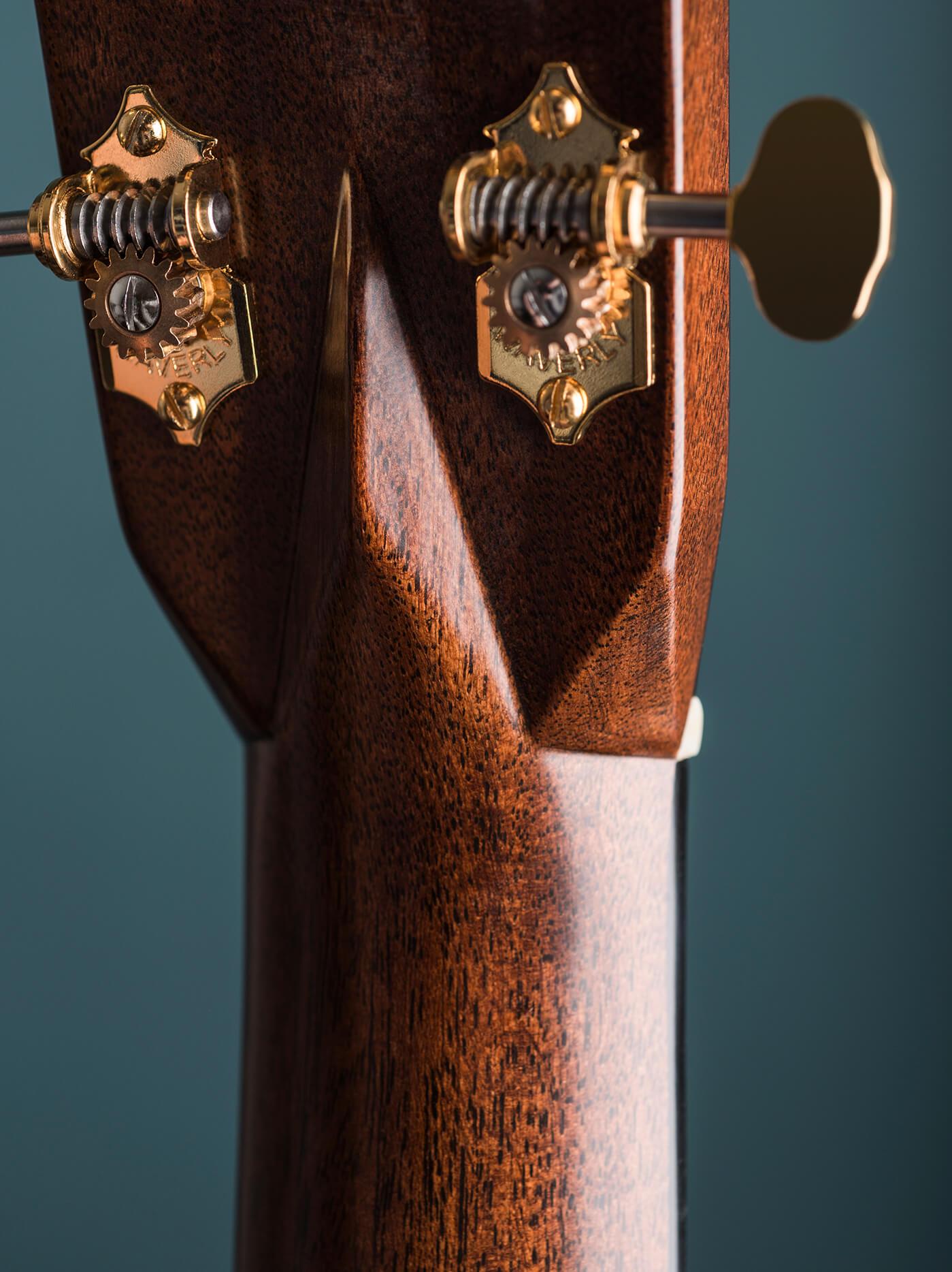 martin modern deluxe d-28 headstock