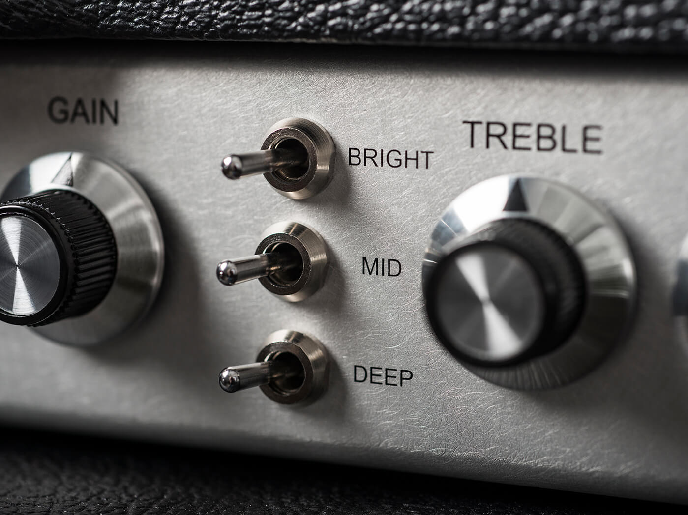 Review Two Rock Signature Head frequency switches