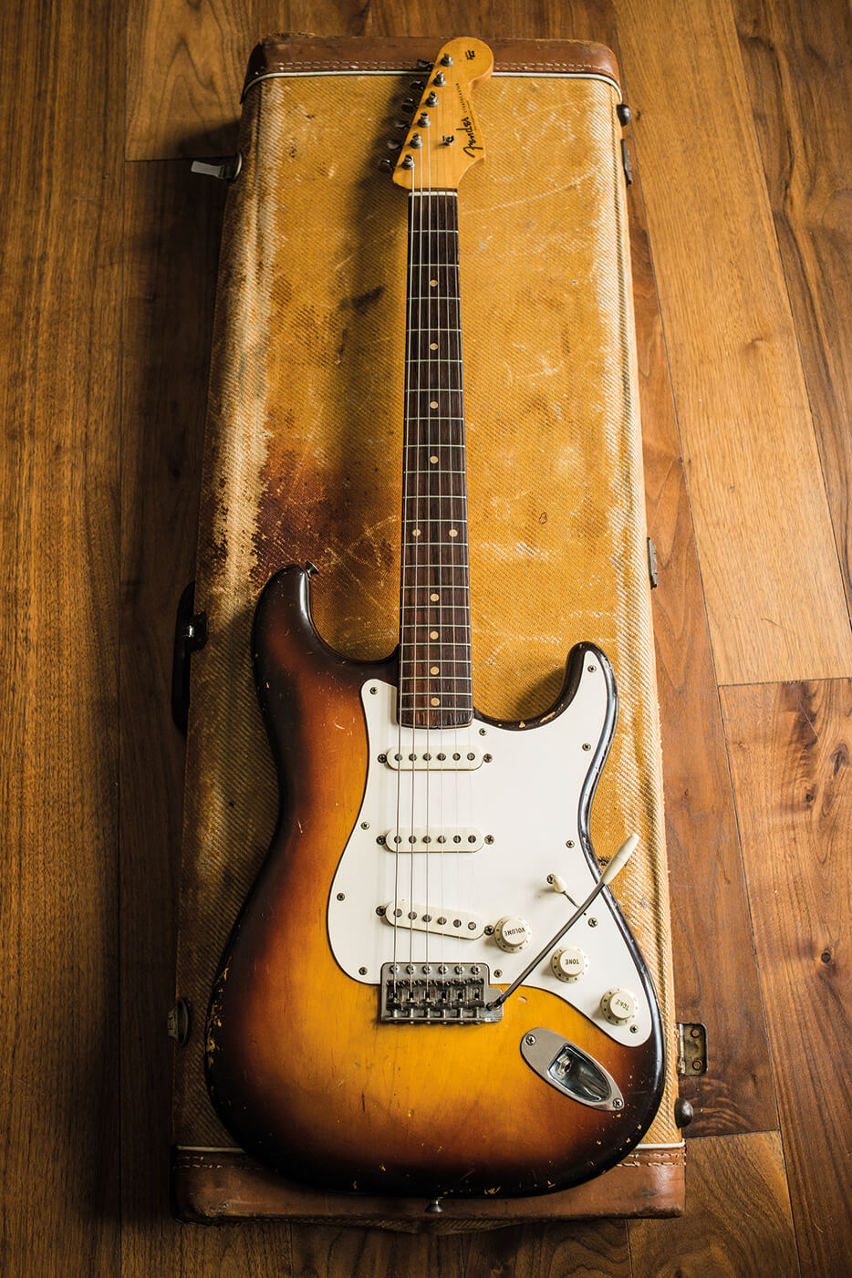 Fender vintage stratocaster sunburst finish