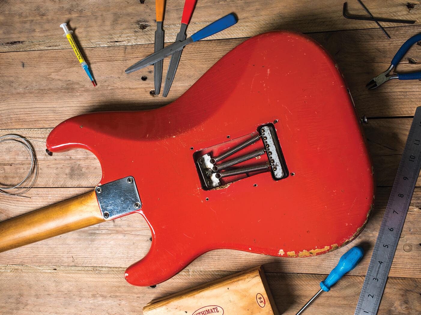 fender stratocaster spring cover