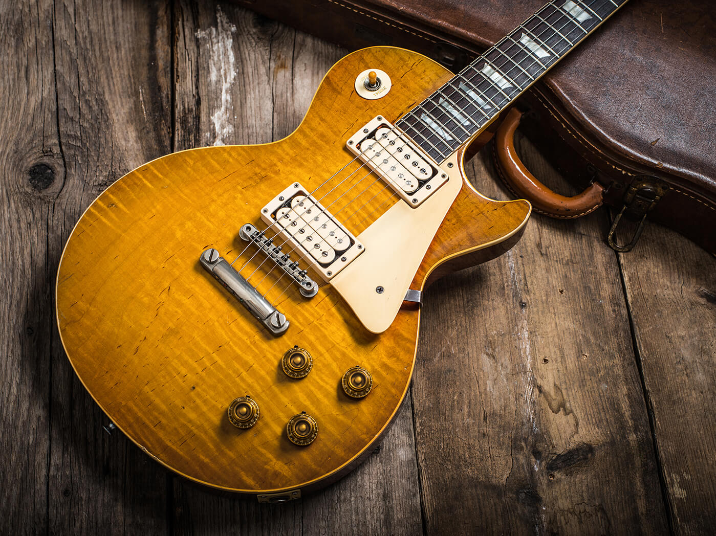 Gary Richrath 1959 Gibson Les Paul top shot wooden floor