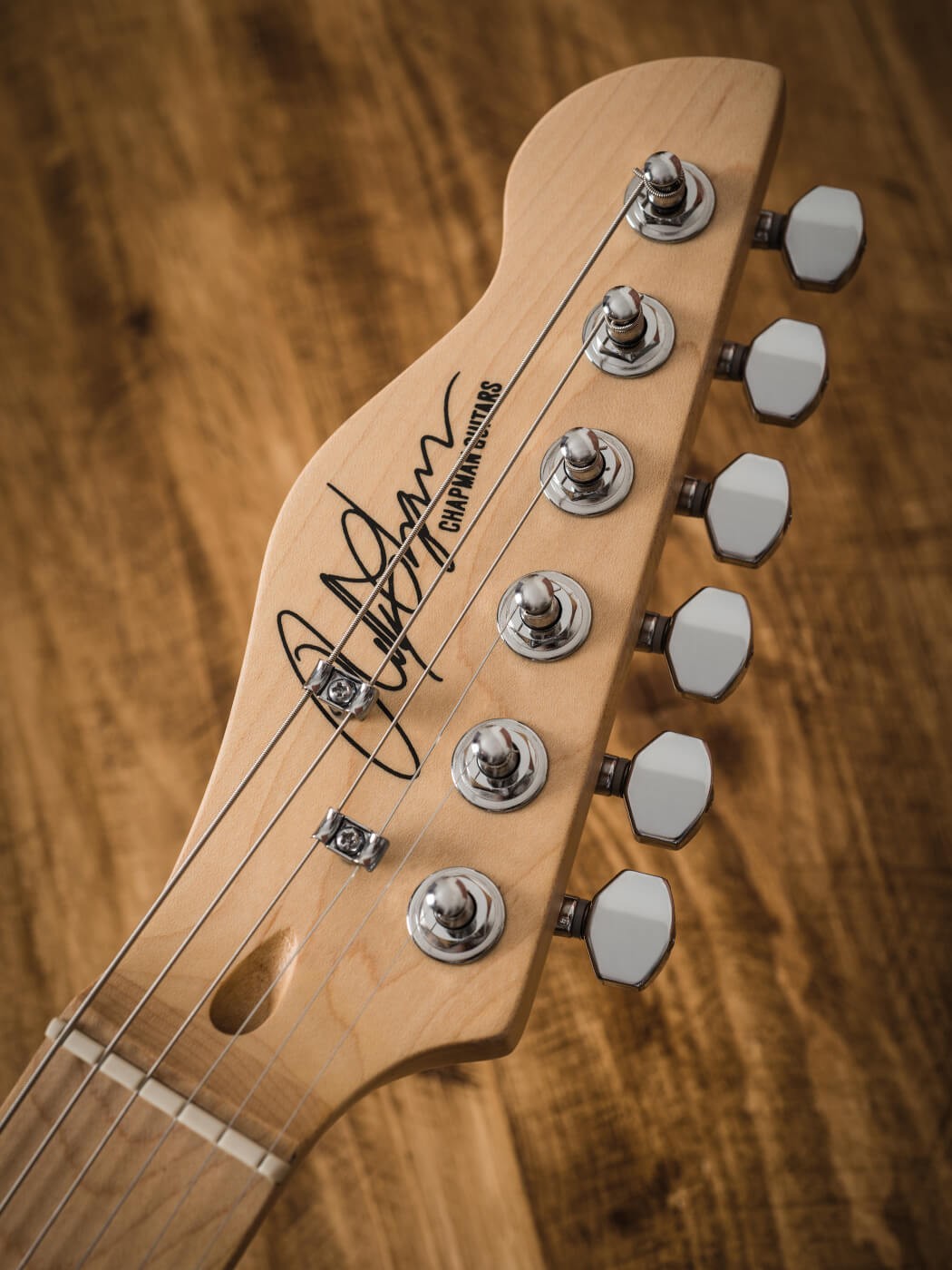 Chapman guitars headstock