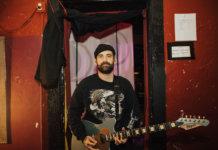 Tony Pizzuti holding signature Balaguer Guitars Espada T-Bar