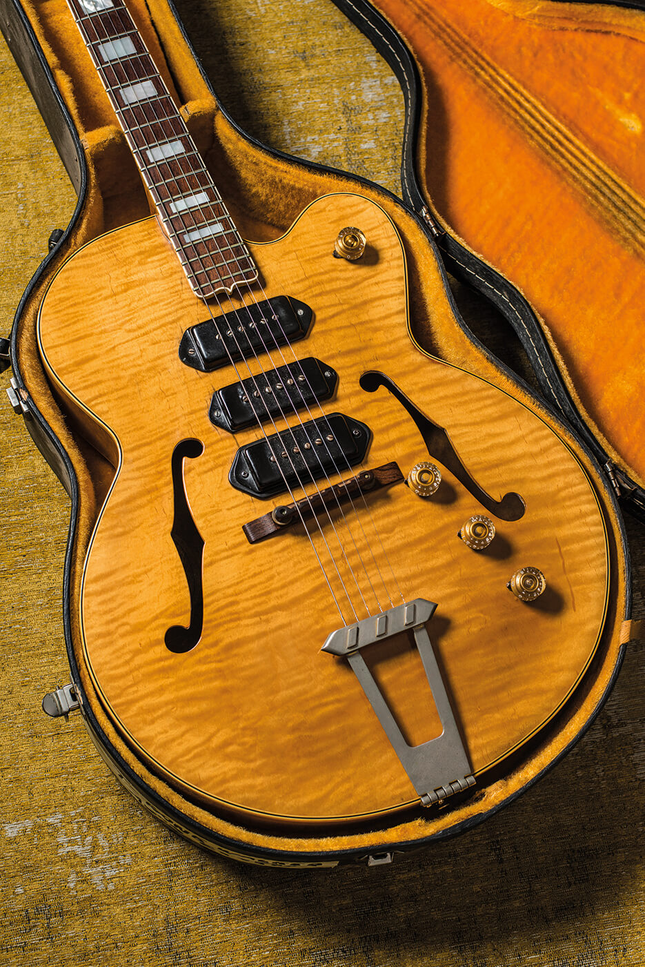 T-Bone Walker Gibson 1949 ES-5 in case