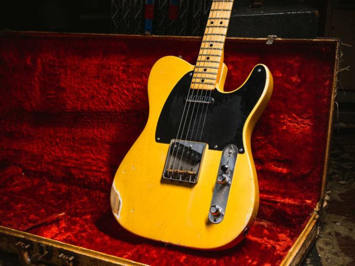 Fender 1951 Tele in case