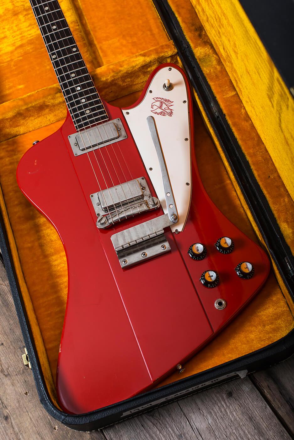 Gibson 1964 Firebird III red in case portrait