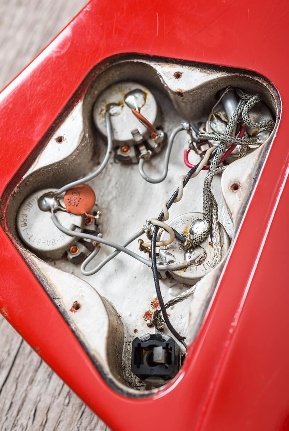 Gibson 1964 Firebird III red internals