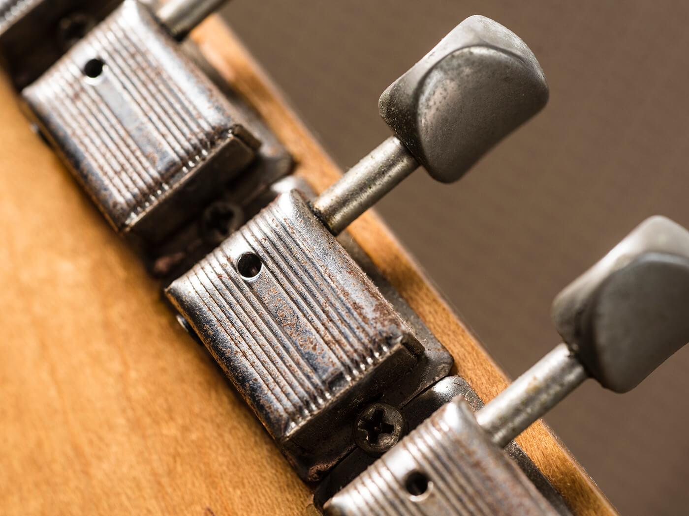 Gary Gand 1954 Fender Stratocaster (Tuner)