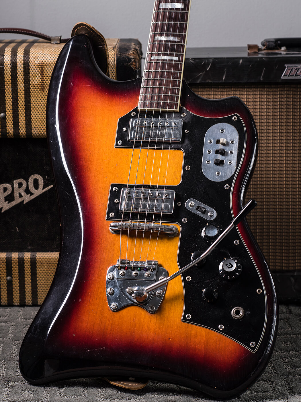 Gary Gand 1960s Guild Thunderbird (Body)