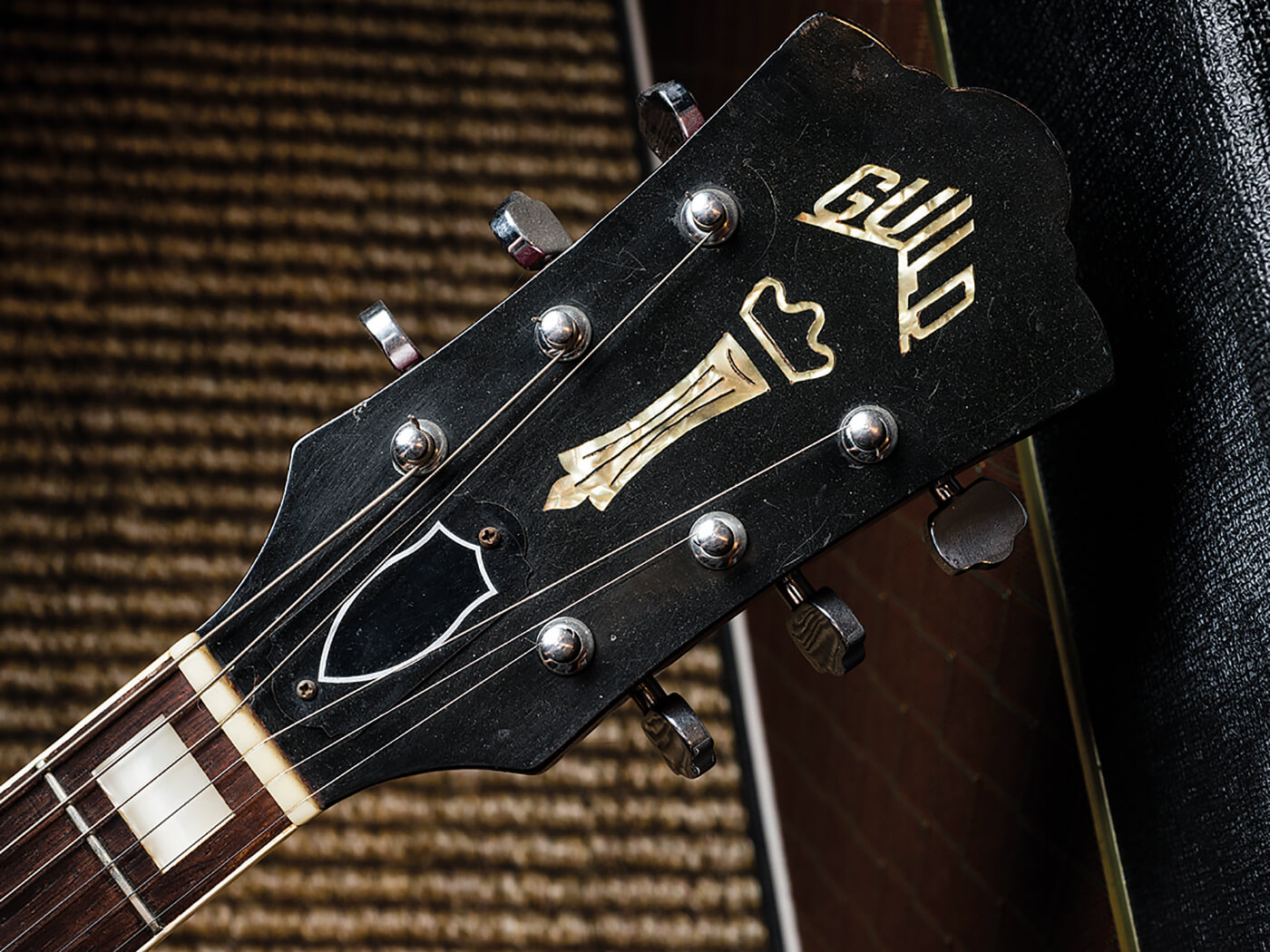 Guild S100 (Headstock)