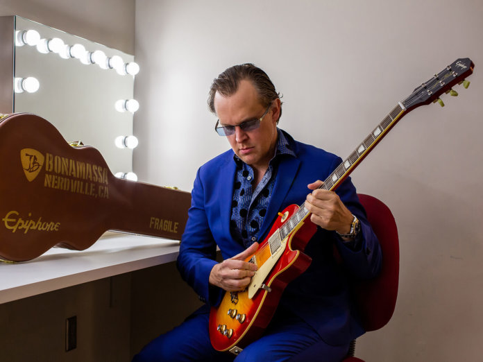Joe Bonamassa playing the Epiphone Joe Bonamassa 1960 Les Paul Standard 'Norm Burst'.