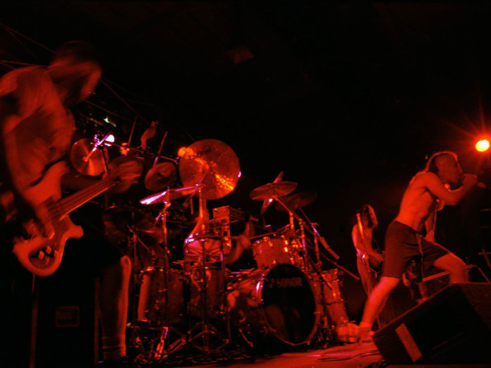 Tool performing live