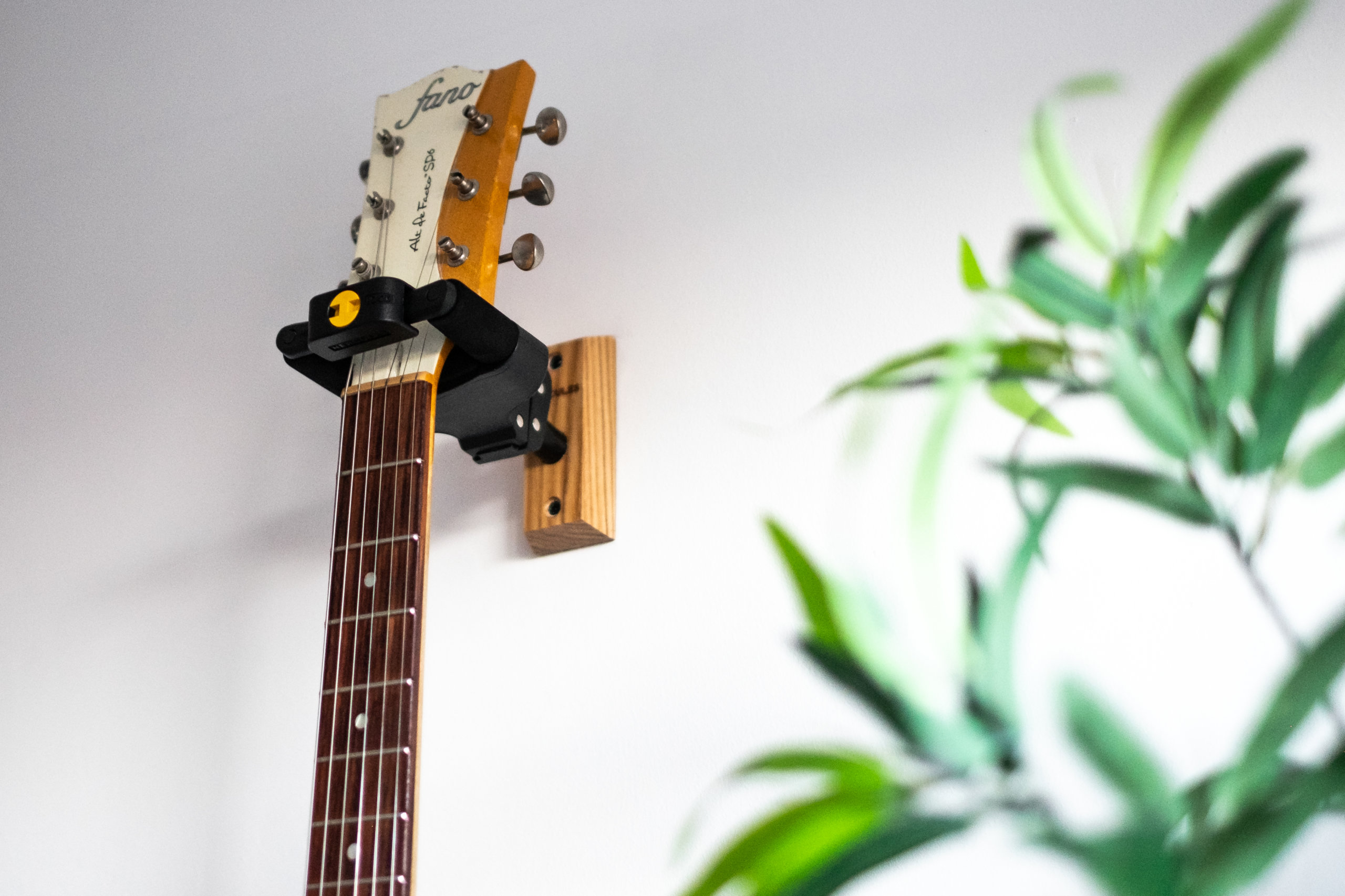 1//6th Wooden Guitar Model with Stand Music Room Decoration Model Orange