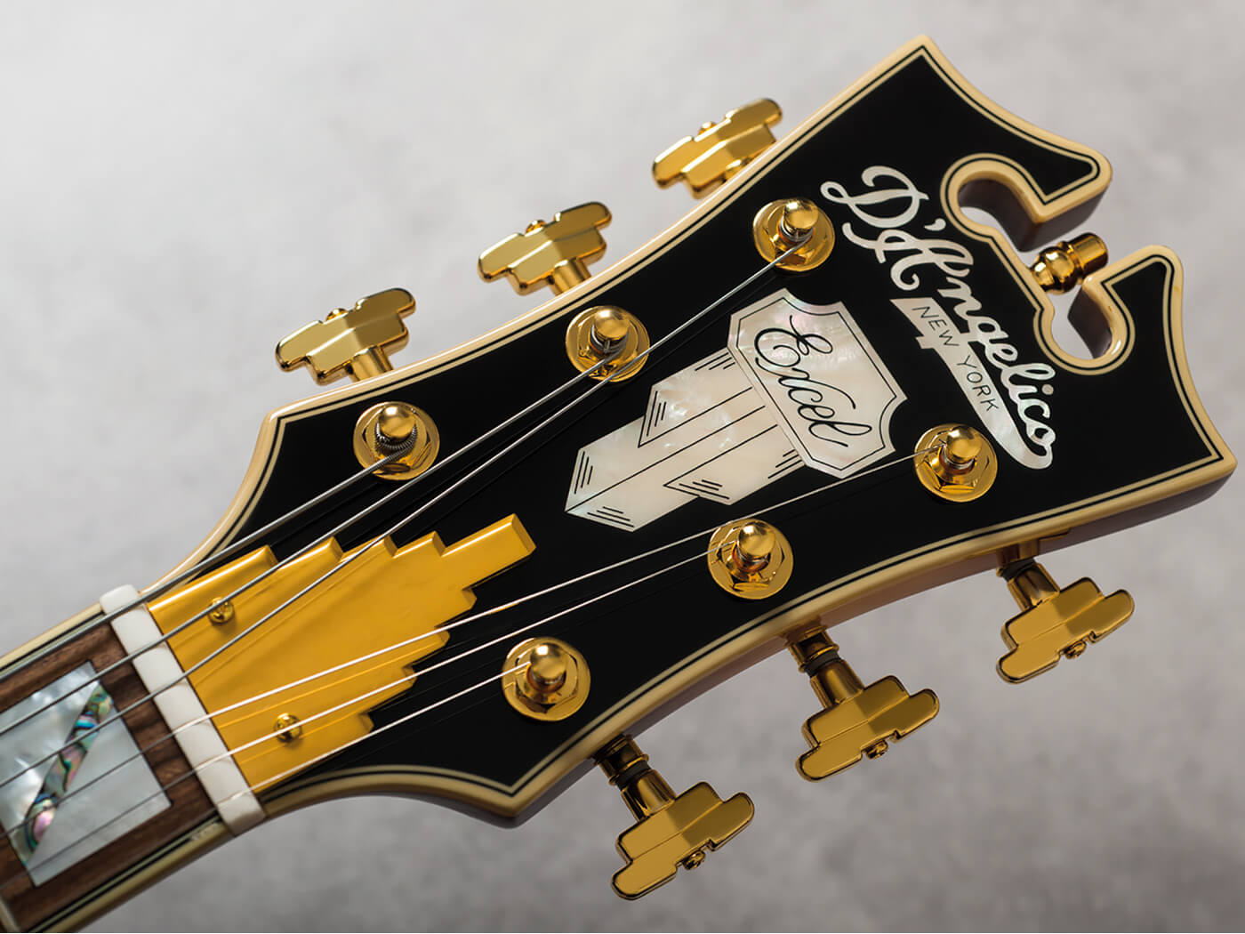 D'Angelico Excel SS (Headstock)