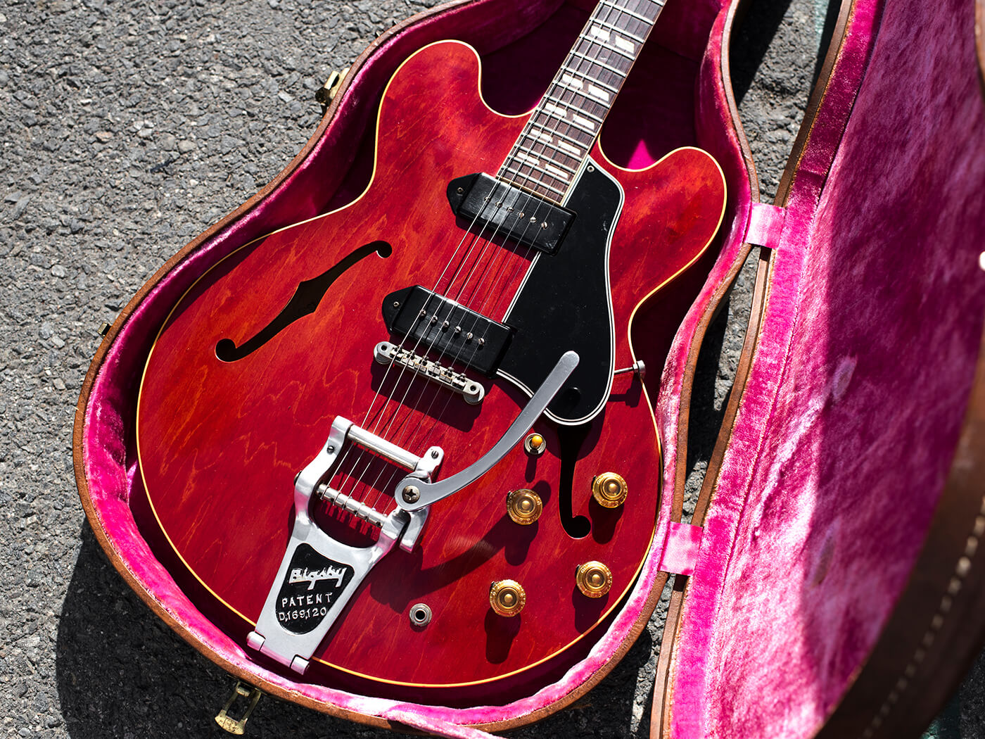1959 Gibson ES-330TDC in Cherry finish
