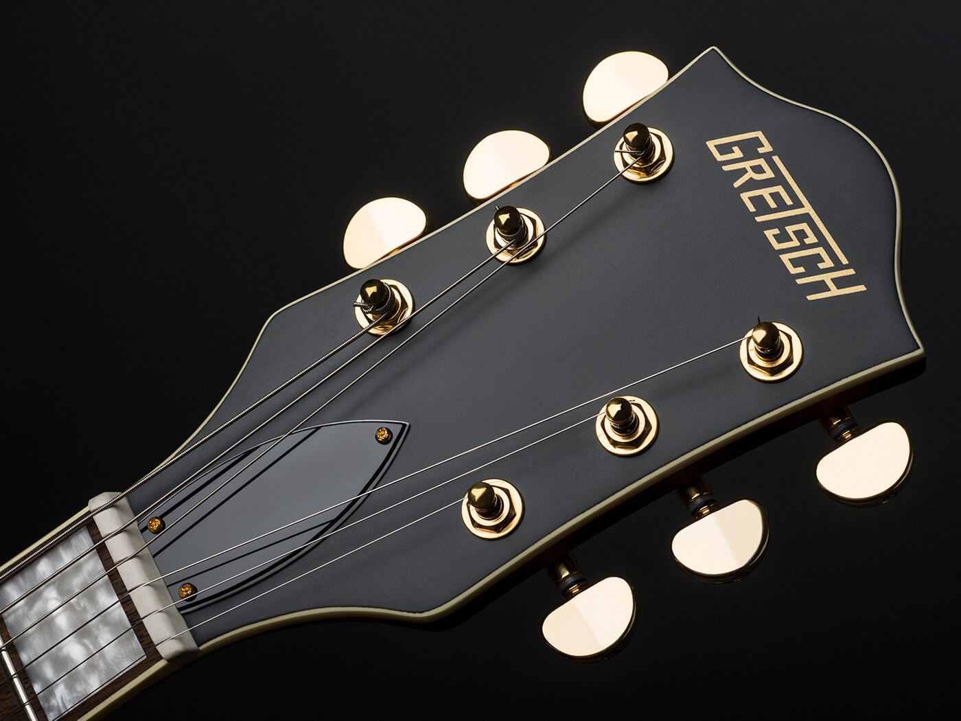 Gretsch-G2622TG Limited Edition Streamliner (Headstock)
