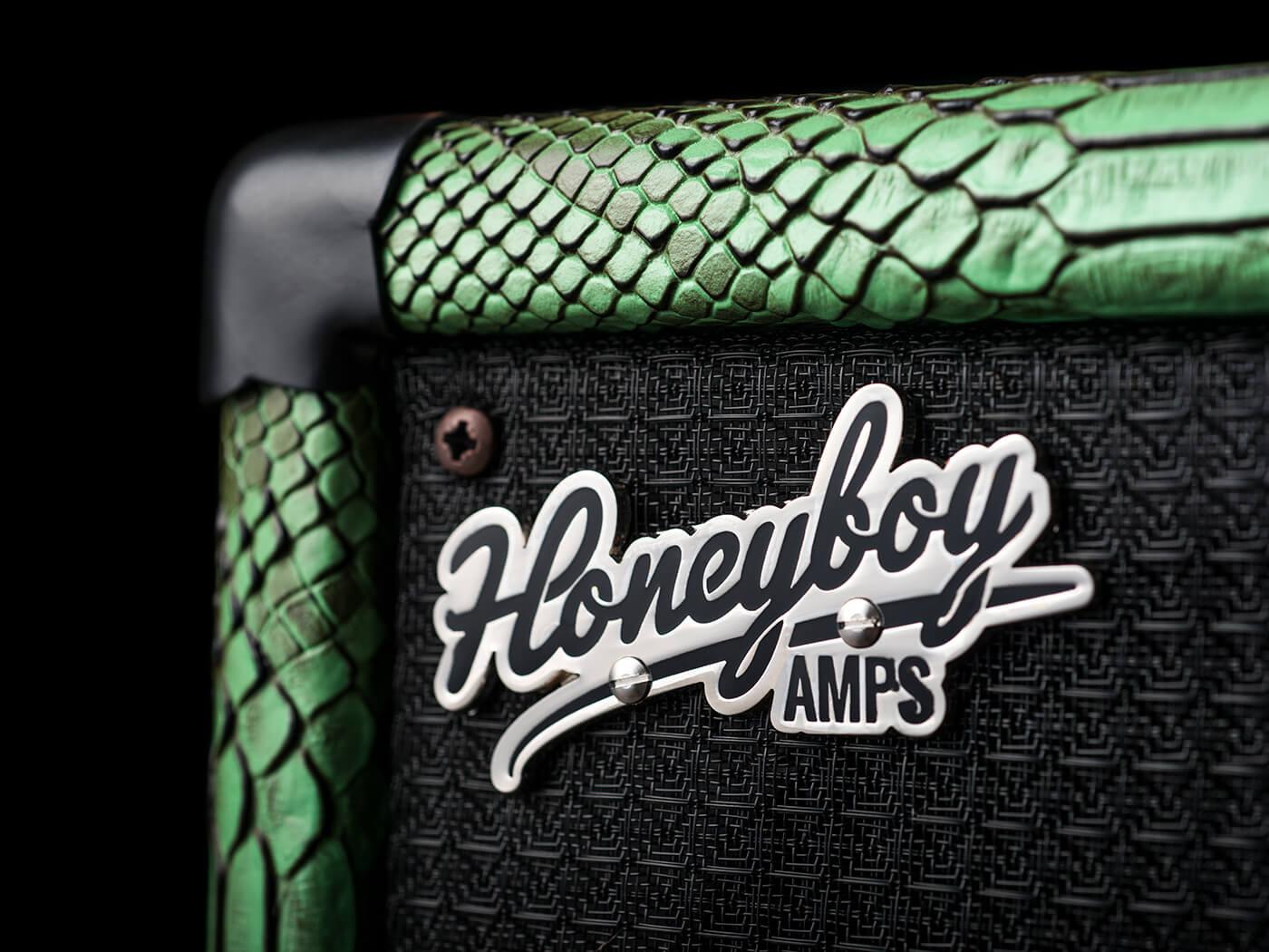 Honey Boy Amps Mid Twin Speaker Cab (Logo)