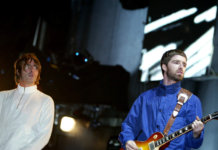 Oasis playing live