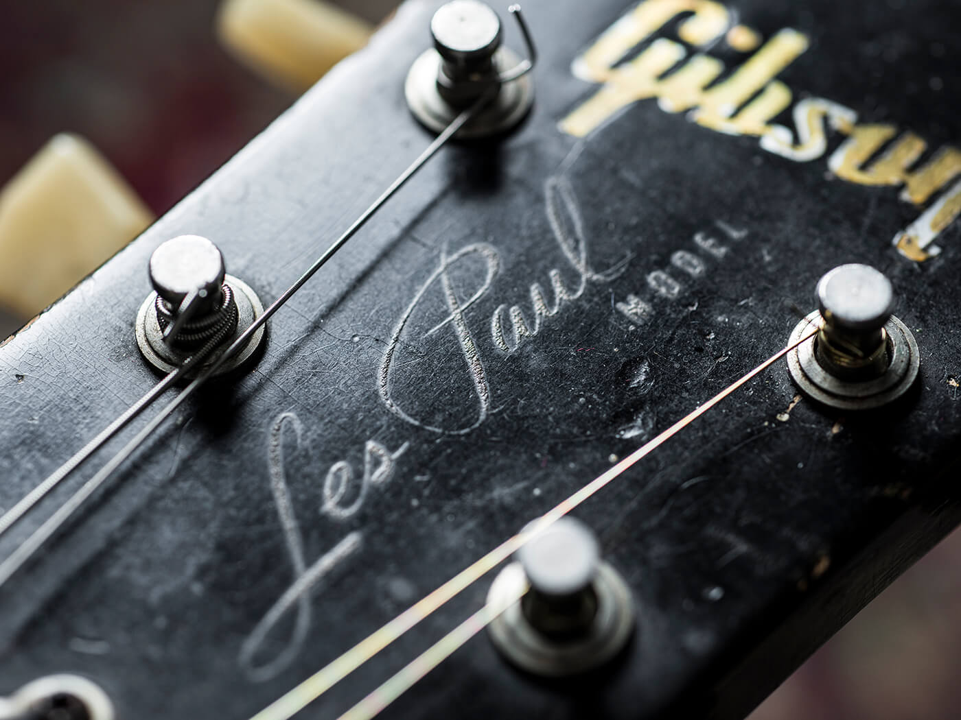 """Jared James Nichols Gibson Les Paul """"Old Red"""" Headstock"""