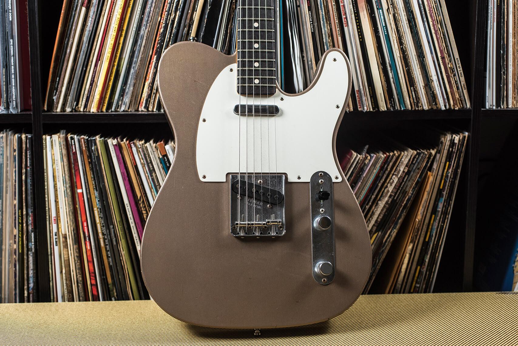Tyler Bryant's Fender Custom Shop in Shoreline Gold