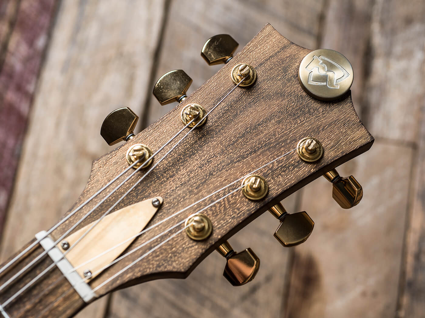 Tyler Bryant's Meloduende aka The Big Fish (Headstock)