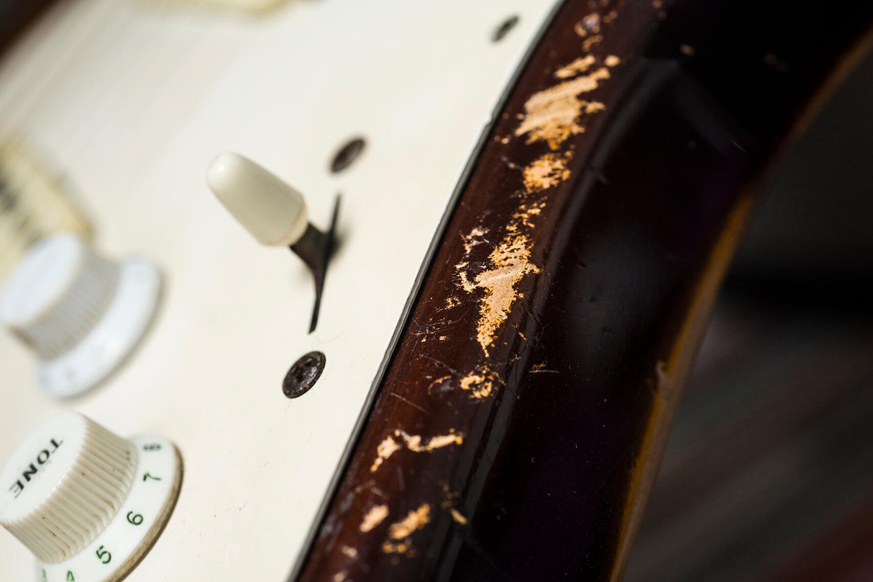Jeff Garlin's 1955 Hardtail Sunburst Stratocaster Switch