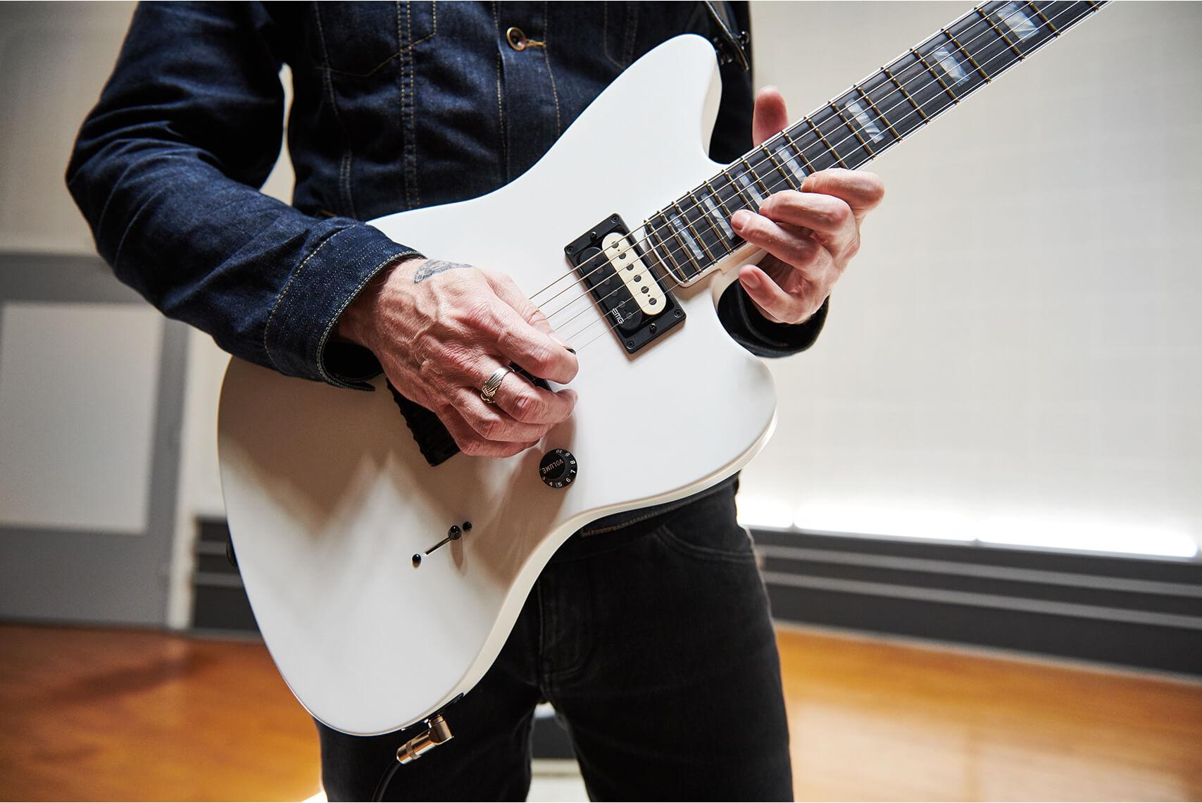 Jim Root's Jazzmaster Body