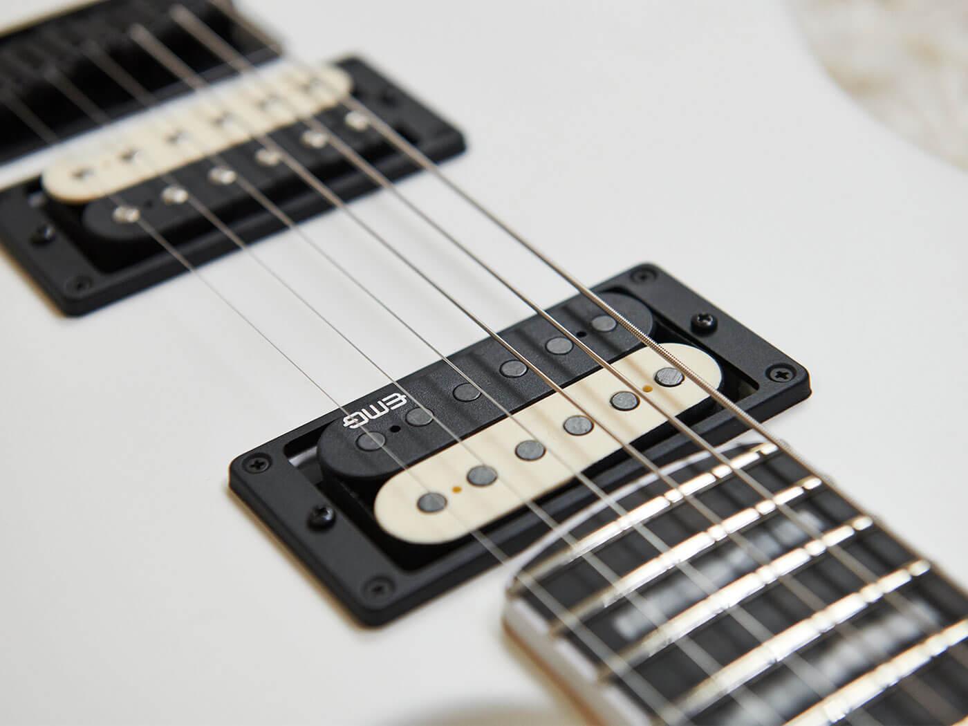 The Jim Root Jazzmaster V4: Pickups