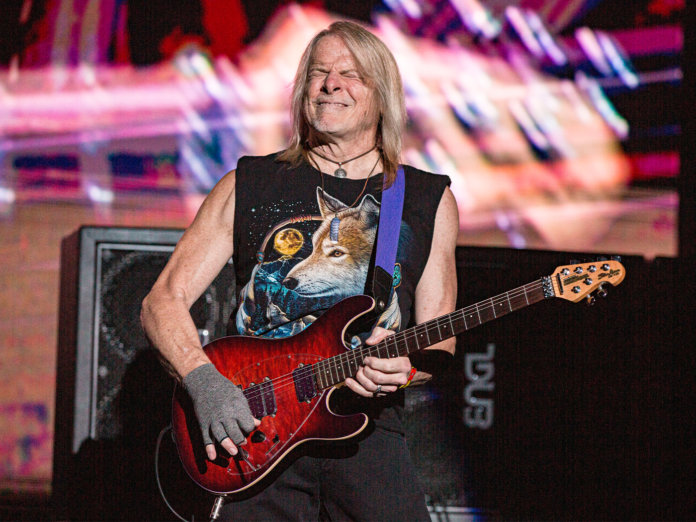 Steve Morse live with Deep Purple