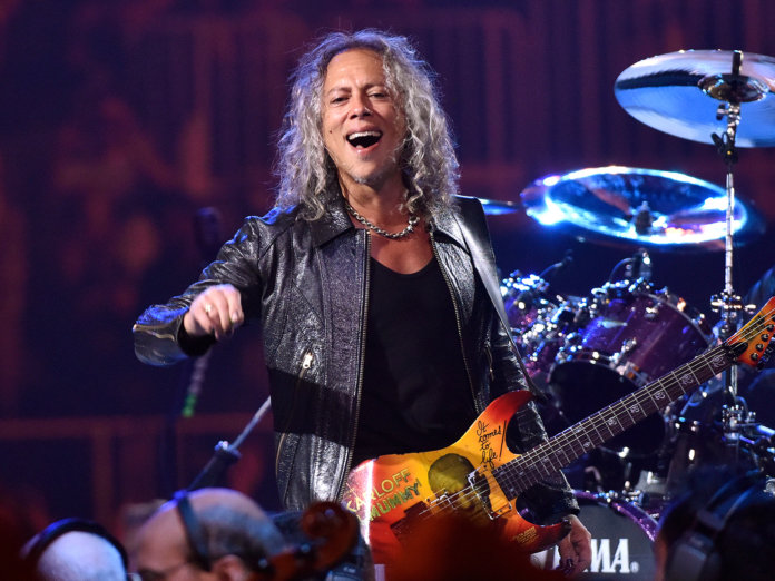 Kirk Hammett Onstage