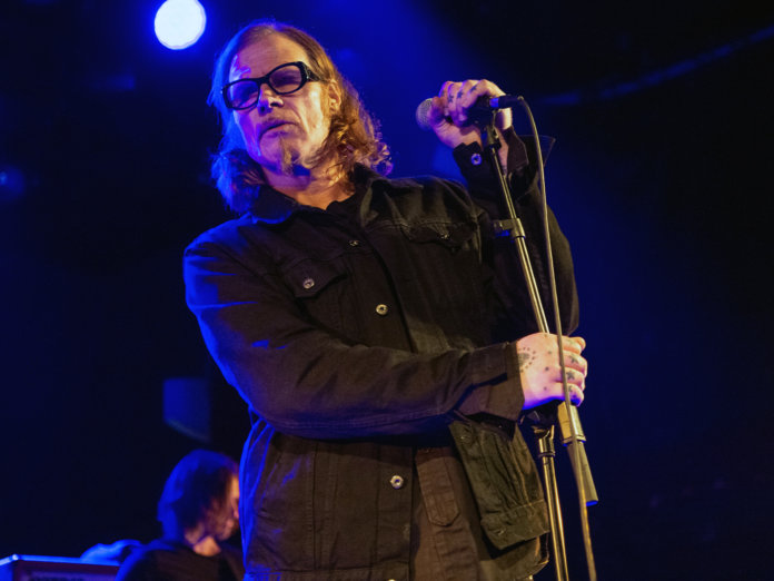 mark lanegan onstage