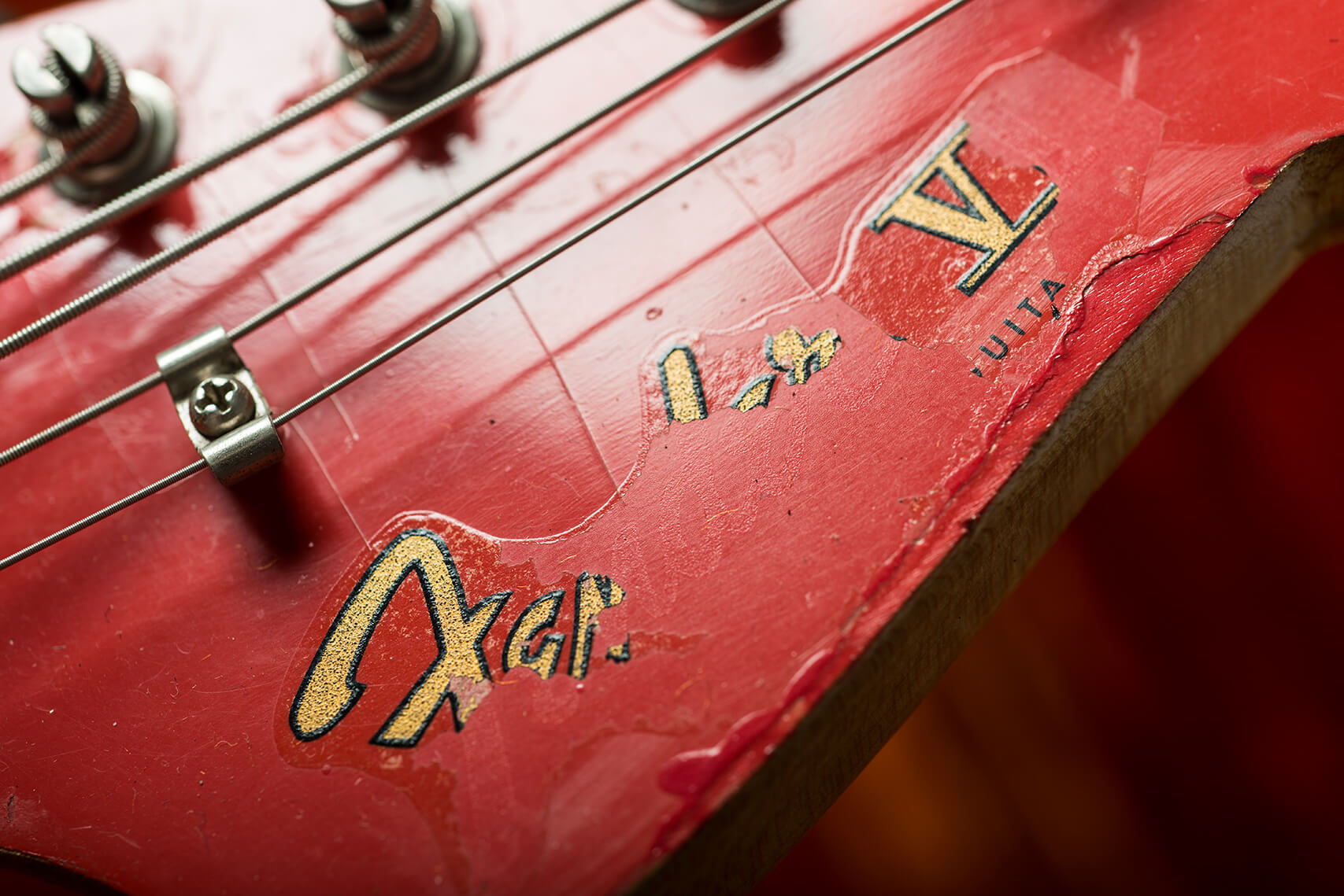 VBT Fender Bass VI Headstock