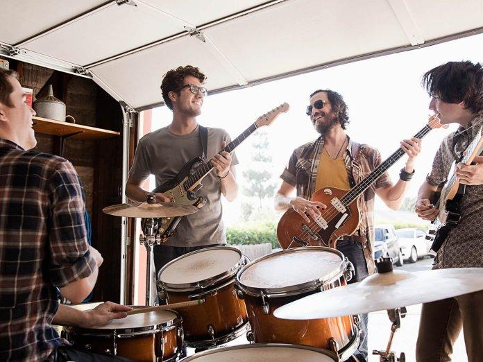 Band Jamming