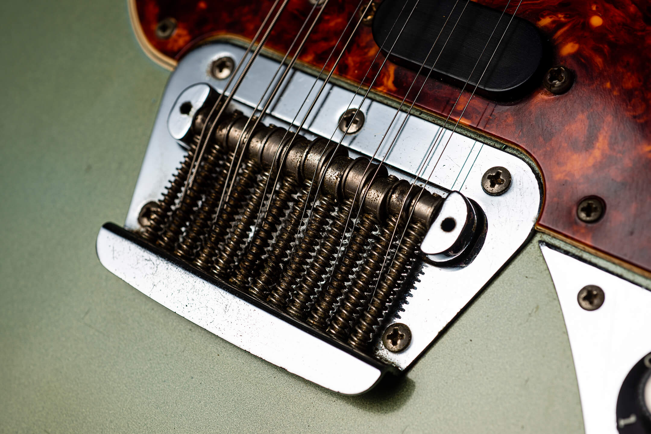 Fender Electric XII in Ice Blue Metallic Blue Bridge