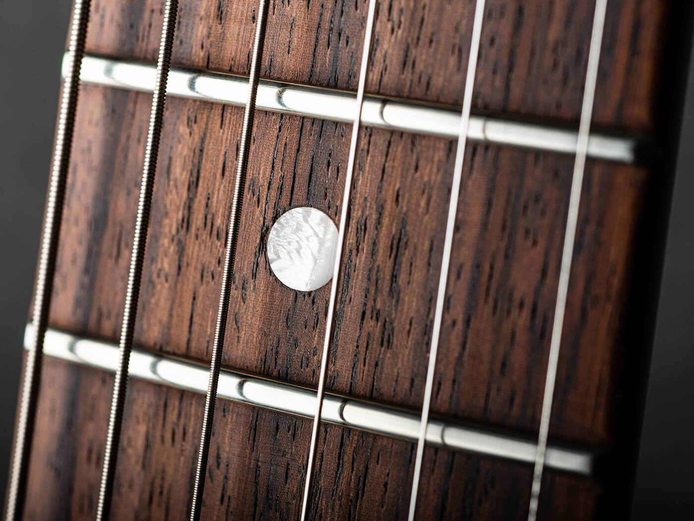 Ivison Guitars The Hurricane Fretboard