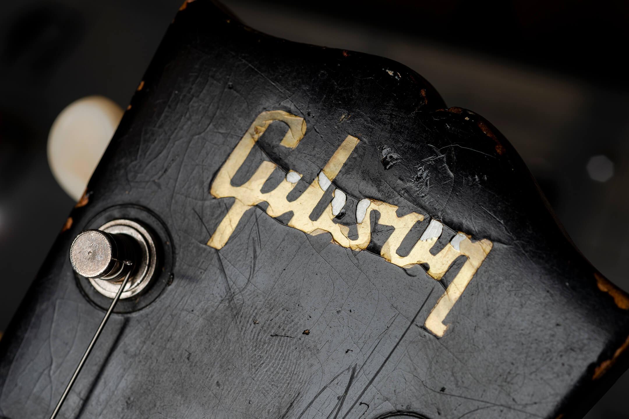 Vintage Bench Test: Gibson 1969 Es-330 'Long Neck' Logo