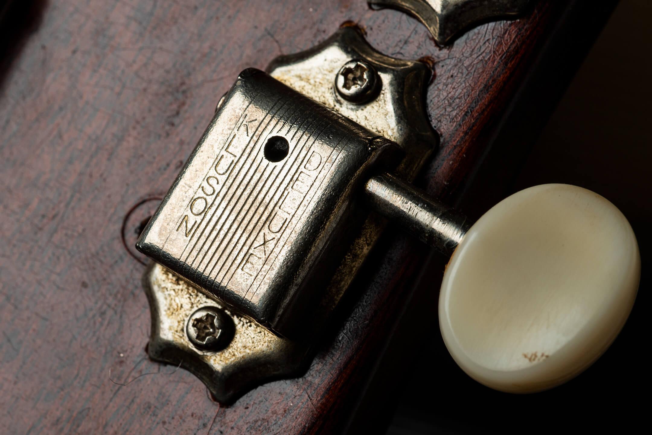 Vintage Bench Test: Gibson 1969 Es-330 'Long Neck' Tuner