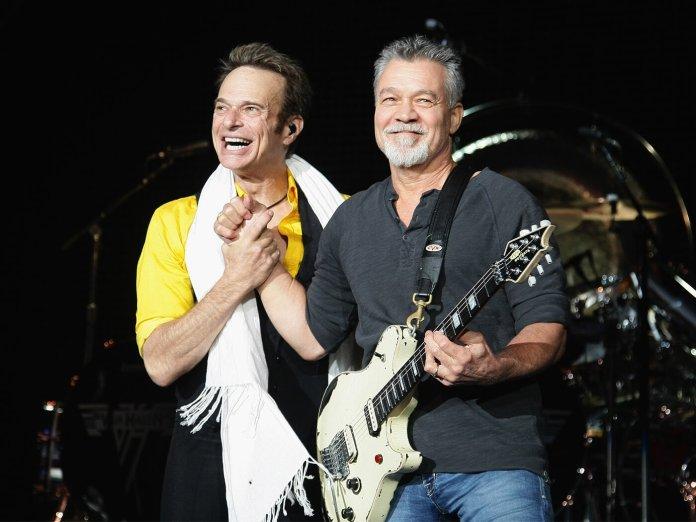 David Lee Roth and Eddie Van Halen performing in 2015