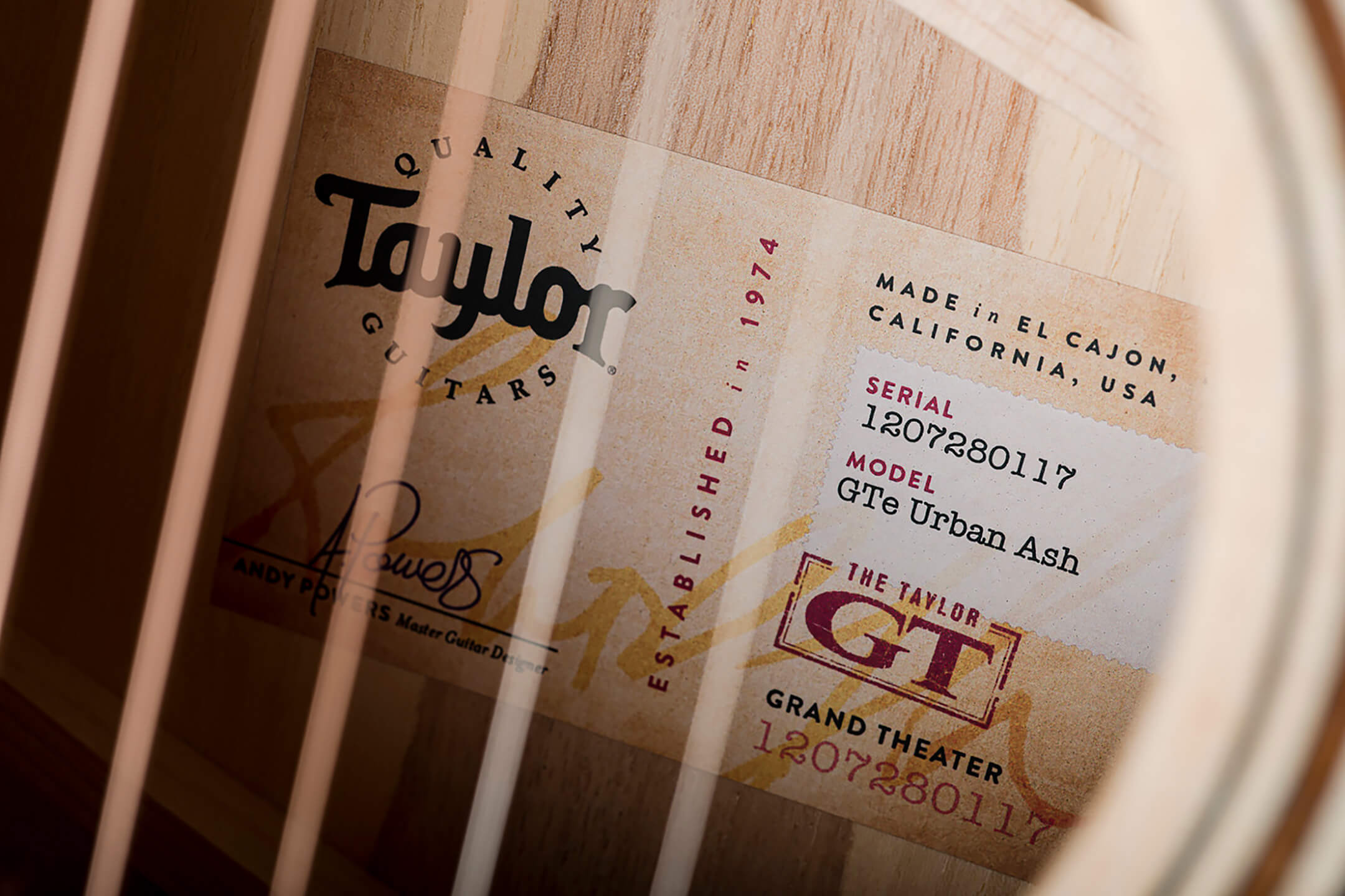 Taylor Guitars GTe Urban Ash