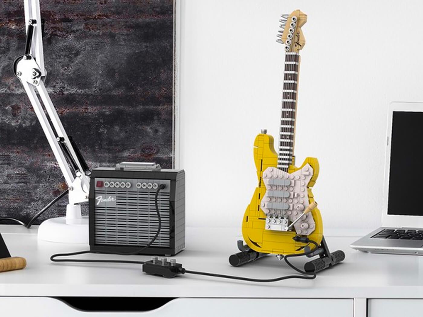 LEGO Stratocaster