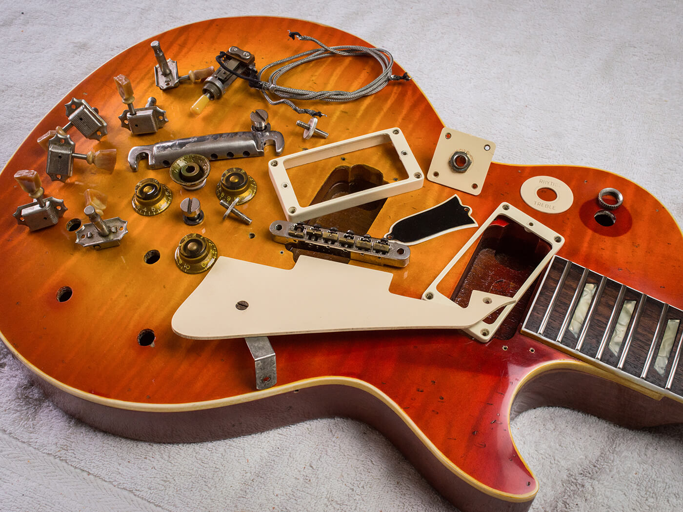 GM387 Les Paul Re-finish