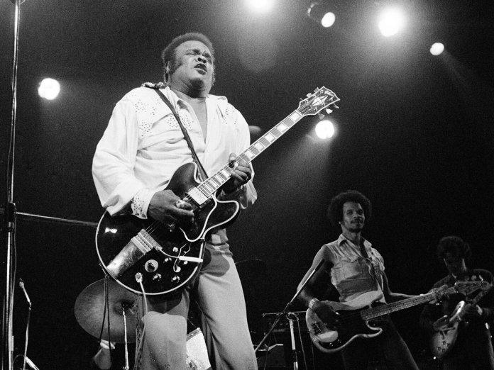 Freddie King Essential Blues