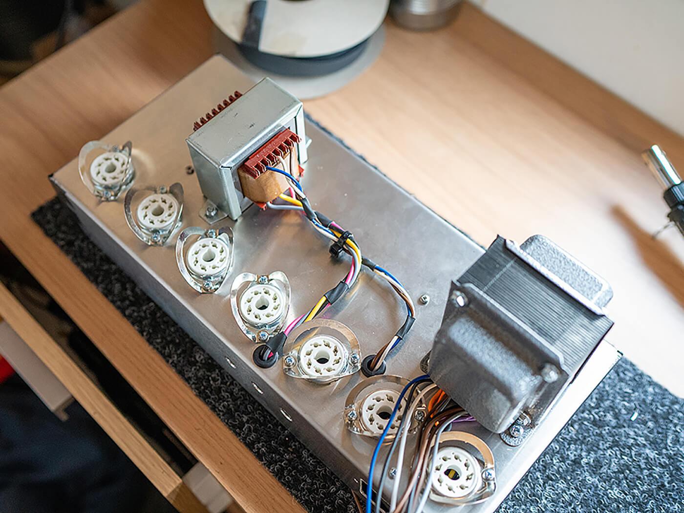 Amp FAQ Gibson EH 185 Clone Pt3 -3