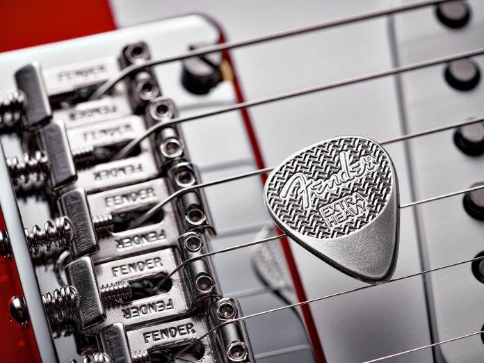 Fender Sterling Silver Pick