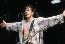 Chris Cornell onstage